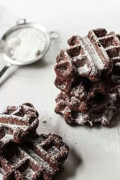 ... brownie waffles ...