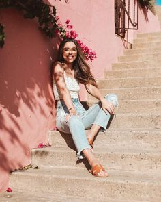 Why Editorial Fashion Photography is Such a Great Thing – Designer Fashion Tips Fashion Photography Poses, Tumblr Photography, Portrait Photography, Picture Instagram, Instagram Pose, Best Photo Poses, Picture Poses, Sierra Furtado Instagram, Cute Poses For Pictures
