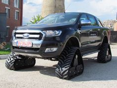 Rubber track conversion system ACF for Ford Ranger