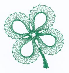 Bobbin's Lace Pages Diy Corset, Bobbin Lace Patterns, Lace Decor, Lace Heart, Linens And Lace, Flower Applique, Lace Making, Felt Hearts, Lace Flowers