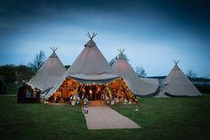 Sami Tipi at dusk - Three giant hat tipis in a triangle with chill-out tipi At Bawdon Lodge Farm Field Wedding, Tipi Wedding, Wedding Ceremony, Wedding Sites, Plan My Wedding, Wedding Looks, Festival Wedding, Festival Party, Relaxed Wedding