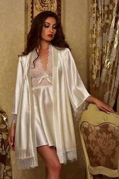 cecb83c2a1 Bridal nightgown and robe set Wedding robes Lace peignoir Bridal robe and  matching nightgown Bridal kimono robe set Satin nightgown robe set