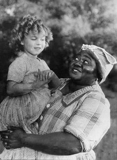 """Shirley Temple and Hattie McDaniel in """"The Little Colonial"""""""