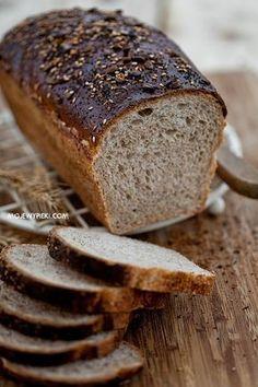 Moje Wypieki | Chleb polski Pan Bread, Bread Baking, Polish Recipes, Sourdough Bread, Artisan Bread, Bread Rolls, Holiday Desserts, Bread Recipes, Good Food