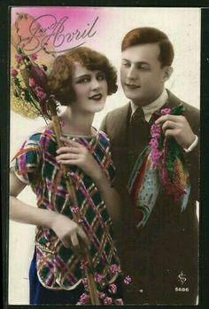 Vintage Hand-Tinted April Fools' Day Postcard. Poisson d'Avril: 1er Avril