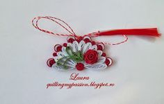 quilling my passion: martisoare evantai Christmas Art, Christmas Ornaments, Quilling Animals, Quilling Cards, Paper Quilling, Origami, Quilling Patterns, My Passion, Crochet Earrings