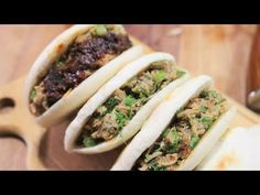 Best Diet and Healthy Recipes - Video : Xian Famous Street Foods - Recette du Hamburger Chinois [陕西肉夹馍 / Rou Jia Mo] - Virtual Fitness Chinese Hamburger Recipe, Hamburger Recipes, Chinese Cooking Wine, Asian Cooking, Chinese Street Food, Chinese Food, Healthy Recipes, Asian Recipes, Ethnic Recipes