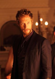Lost Girl - Kris Holden-Ried as Dyson Lost Girl, Kris Holden Ried, Girls Season 3, Beautiful Men, Beautiful People, She Wolf, Idole, Fantasy Romance, Girls Show