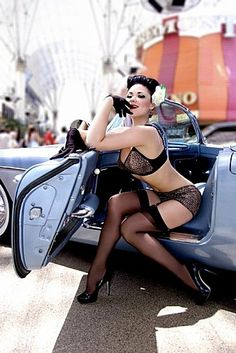 xxx super ladies pinup