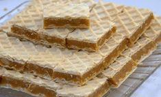 Plnené chrumkavé oblátky s orieškovou náplňou – vaše deti si ich zamilujú! Hungarian Desserts, English Desserts, Hungarian Recipes, English Food, Cookie Desserts, Cookie Recipes, Dessert Recipes, Salty Snacks, Yummy Snacks