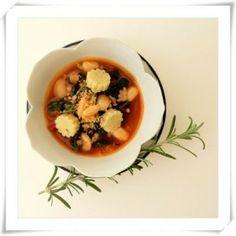 Kale + Cannelini Bean Soup