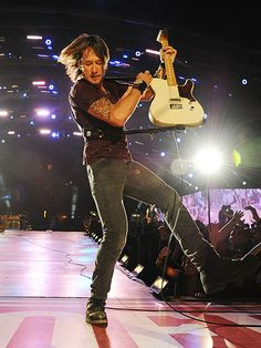 FIRST-STRING PLAYER photo | Keith Urban