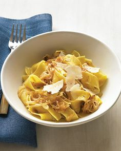pappardelle with caramelized onions and parmesan via marthastewart.com