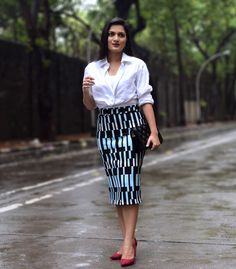 Skirt – Topshop | Shirt – Marks and Spencer (Men) | Bag – Zara | Earrings- Amrapali | Shoes – Zara  #topshop #marksandspencer #pencil skirt #whiteshirt #streetstyle #amrapali #silverjewellery #chandrikacollection #streetstyle #fashionblogger #styllogue