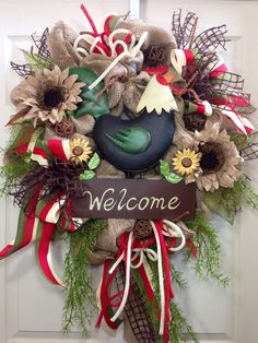 Wreath measures 27 inches! Designed with burlap, ribbons, and all the trimmings! All wreath materials are wired or/and glued with durable