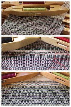 Gorgeous 4-shaft scarves woven in birds eye twill. Very inspiring!