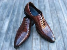 Define Gatsby - Brown Croc Oxford, (http://www.definegatsby.com/shoes/brown-croc-oxford/)
