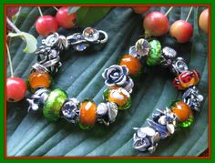 A beautiful Trollbeads bracelet from a Trollbeads Gallery Forum member.  I love the seasonal designs we see on the forum!  Thank you Penny! http://trollbeadsgalleryforum.ning.com/