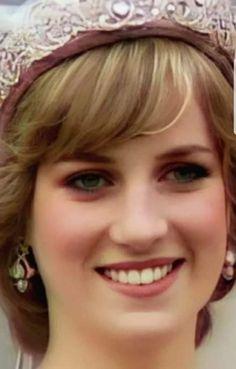 Princess Diana And Charles, Princess Diana Wedding, Princess Diana Fashion, Princess Diana Pictures, Princess Elizabeth, Royal Princess, Princess Of Wales, Princes Diana, Lady Diana Spencer