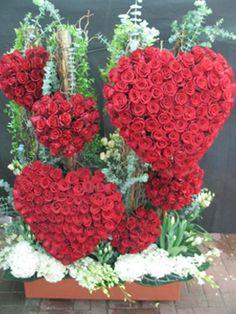 HEARTS~$1,000 rose arrangement from Abu Dahbi. #bloomersflowers