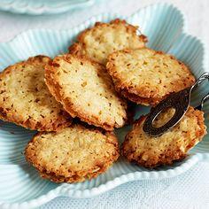 Havreflarn med citronsmörkräm   Recept ICA.se Diabetes, Bun Recipe, Cupcake Cookies, No Bake Cake, Food Inspiration, Cookie Recipes, Sweet Tooth, Sweet Treats, Food Porn