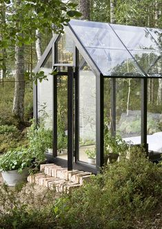 Gorgeous solar-powered garden shed doubles as summer guesthouse shed design shed diy shed ideas shed organization shed plans Greenhouse Shed, Greenhouse Gardening, Greenhouse Wedding, Portable Greenhouse, Modern Greenhouses, Contemporary Greenhouses, Shed Plans, Cabana, Garden Inspiration