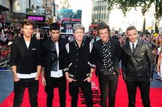 THE BOYS AT THEIR PREMIERE!!