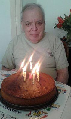 c'est ma fête je fais ce qui me plaît j'ai 17 ans ah non 71 ans merci à toutes les personnes qui m'ont souhaité un heureux anniversaire Birthday, Thanks, Accessories, Birthdays, Birth Day
