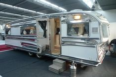 """Retro camper from """"The Vintage Trailer"""" - the ULTIMATE glamping rv!"""