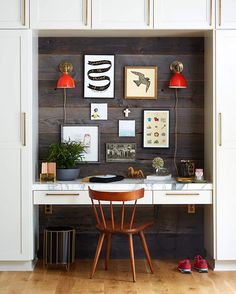 A design brand we love from a town that holds my heart - @schoolhouse. I've used their sconces, @BradyTolbert's has their chandelier in his dining room, @Ginny_macdonald used them in her dining room. You get it. Today on the blog I'm sharing my favorite pieces (this was from that one time we shot their house for the book). Also sidenote - there will be more red in our new house which I'm VERY excited about. 📷 @davidtsay
