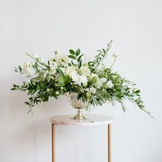33 Ideas Wedding Table Flowers Eucalyptus Floral Arrangements For 2019 Wedding Table Centerpieces, Wedding Flower Arrangements, Floral Centerpieces, Wedding Bouquets, Floral Arrangements, Wedding Decorations, Flower Decorations, Table Arrangements, Centerpiece Ideas