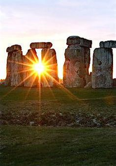 International Observance: Use The Sun On The Solstice - Religious Holidays
