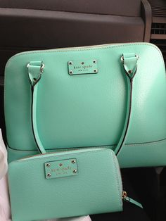 Turquoise Kate spade purse and wallet Unique Handbags, Purses And Handbags, Turquoise Purse, Turquoise Fashion, Tiffany Blue Box, Kate Spade Outlet, Baby Shower Gift Bags, Bags Online Shopping, Green Handbag
