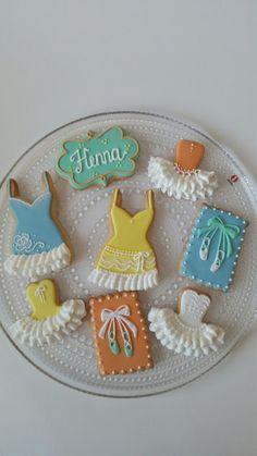 Homemade by MI: Ilonan ja Hennan koristellut keksit