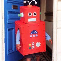 Faire un d guisement de robot halloween facilement idee per elias pinterest halloween et - Idee de deguisement sans acheter ...