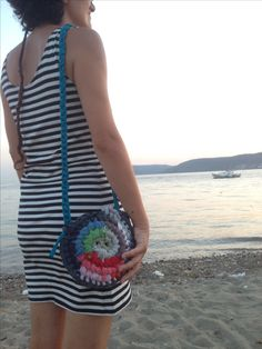 Crochet bag upcycled tshirt yarn with two different sides