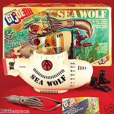 """VINTAGE 1975 GI JOE #7460 ADVENTURE TEAM """"SEA WOLF SUBMARINE"""" COMPLETE WITH BOX 1970s Childhood, Childhood Toys, Gi Joe 1, Big Blue Whale, Amazing Toys, Fabric Backdrop, Toy Soldiers, Classic Toys, Old Toys"""