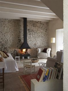 Inspiratie beeld voor steen atelier van molilti-interieurmakers.nl Nieuwste specialiteit stenenwand, steenstrip wand.
