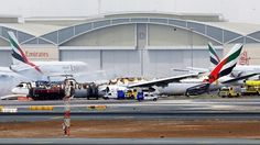 Amateuraufnahmen zeigen Explosion: Flugzeug fängt nach Bruchlandung in Dubai Feuer