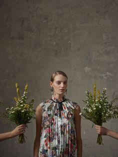 Erdem X H&M: dit zijn ALLE items, prijzen en lookbookbeelden