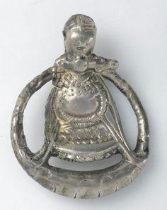 Богиня Фрейя, Шведский национальный музей, фото отсюда. Найден в Aska Vadshtena муниципалитета Остерготланд (Östergötland) в Швеции, относится ко времени викингов