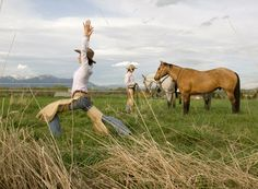 Cowgirl Yoga! Seek speaks to city-girl turned cowgirl #MargaretBurnsVap to find out why women are headied West for her special brand of yoga. #cowgirlyoga #bigskyyoga