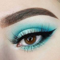 Turquoise look using NYX brights palette Makeup Eye Looks, Creative Makeup Looks, Beautiful Eye Makeup, Eye Makeup Art, Colorful Eye Makeup, Makeup For Green Eyes, Cute Makeup, Skin Makeup, Eyeshadow Makeup