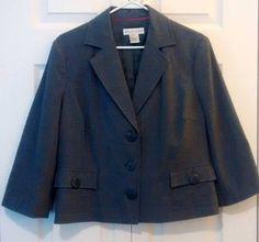 $6.50 @Ebay   NEWPORT NEWS Ladies Size 12 Long Sleeve Gray Collared Blazer/Jacket #NewportNews #Blazer