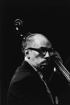 American jazz doublebass player George Duvivier during rehearsals for 'Dizzy Gillespie Dream Band Jazz America' Carnegie Hall New York City 1981 Jazz Artists, Jazz Musicians, Dizzy Gillespie, Musician Photography, Cool Jazz, Double Bass, Jazz Blues, American, Vintage Photos
