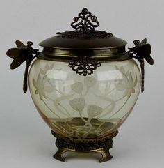 US $0.01 Used in Collectibles, Decorative Collectibles, Vases