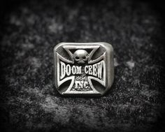 Black Label Society Doom Crew Inc Ring    I'd like to suggest my personal page about gift ideas, the page is http://ideiadepresente.com    Eu queria sugerir a todos minha p�gina sobre dicas de presentes, o site � http://ideiadepresente.com