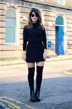 calcetines largos + mini falda