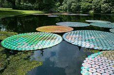 5-Art-Installation-Waterlilies Bruce Munro