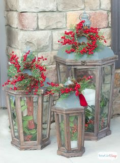 Atta Girl Says | Vintage Inspired Christmas Porch Decorations | http://www.attagirlsays.com